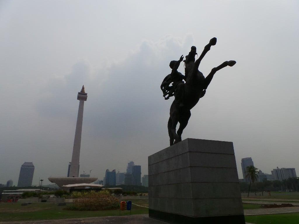 Cakarta Merdeka Meydanı