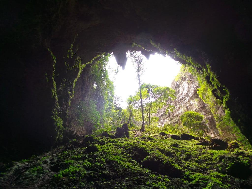 Tünelin girişi