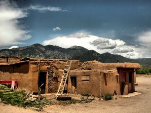 Taos Pueblo: Zamanın durduğu kasaba!
